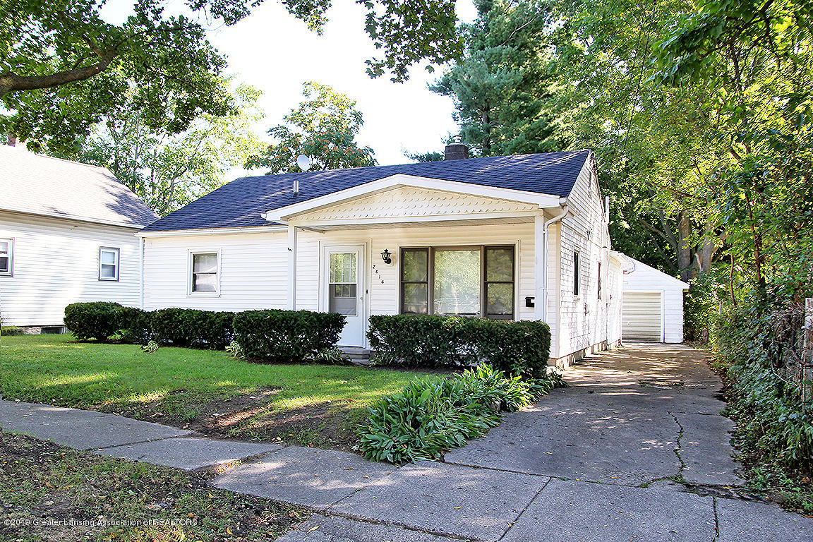 2414 Creston Ave - Front View - 1