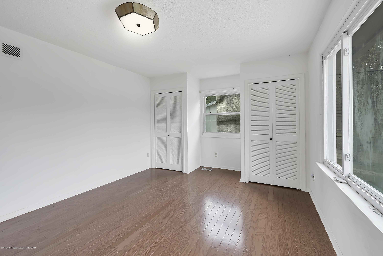 4858 Hillcrest Ave - Master Bedroom - 6