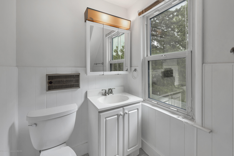 4858 Hillcrest Ave - 2nd Floor Bathroom - 22