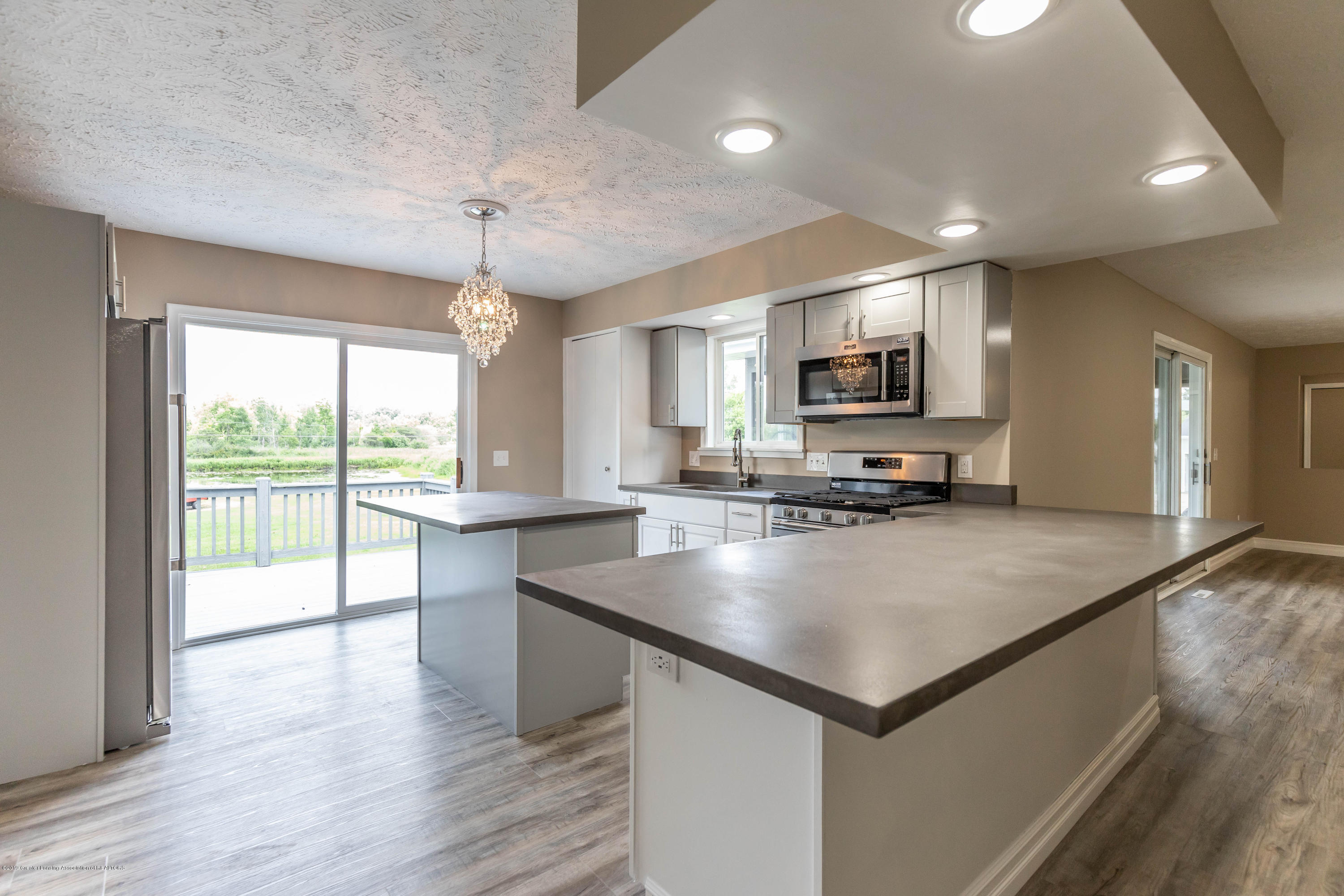 2035 Mitchell Rd - Kitchen - 9