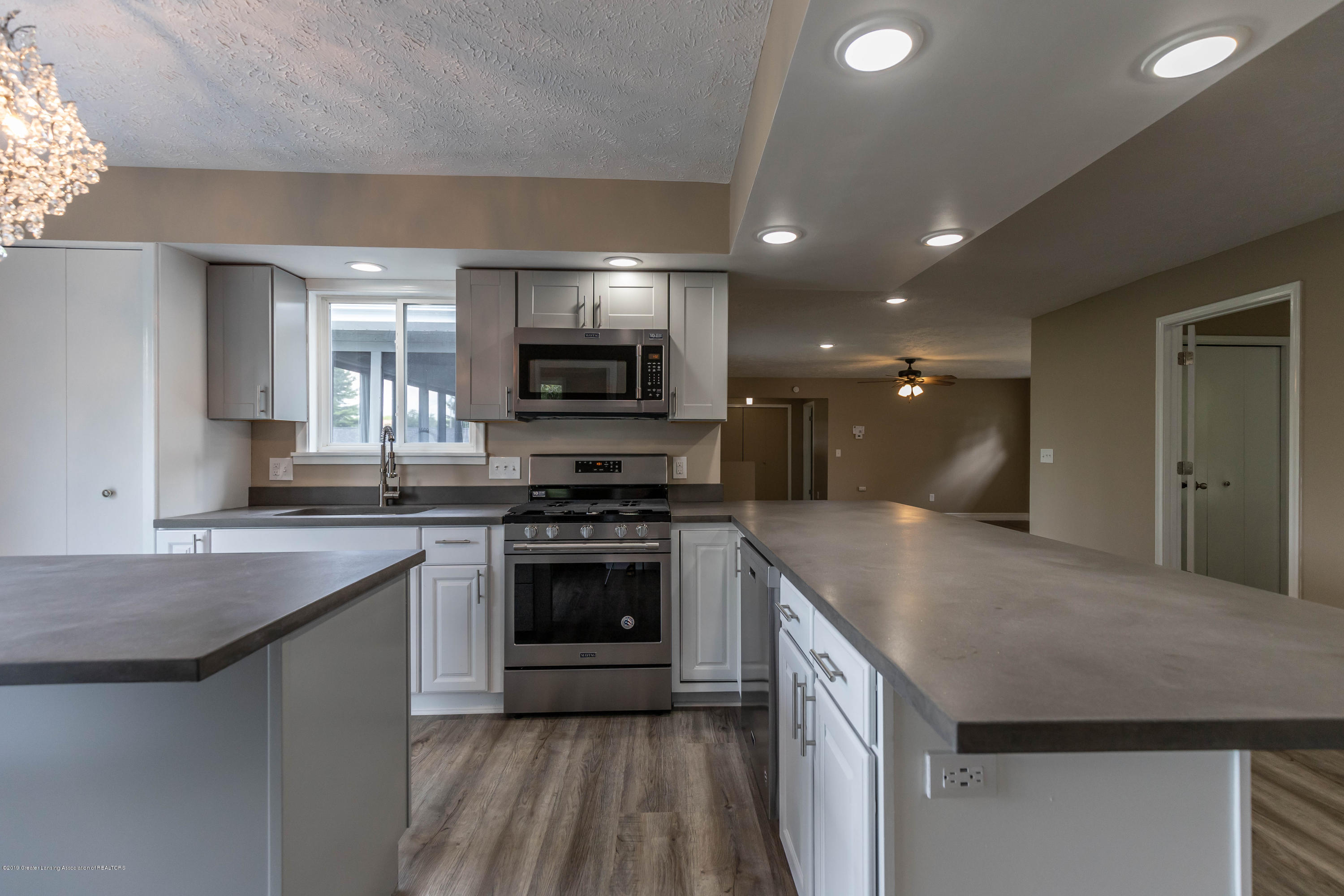 2035 Mitchell Rd - Kitchen - 10