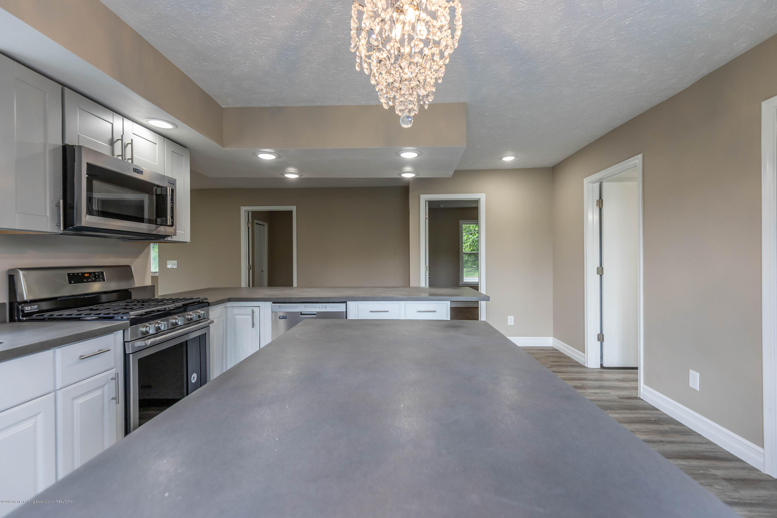 2035 Mitchell Rd - Kitchen - 11