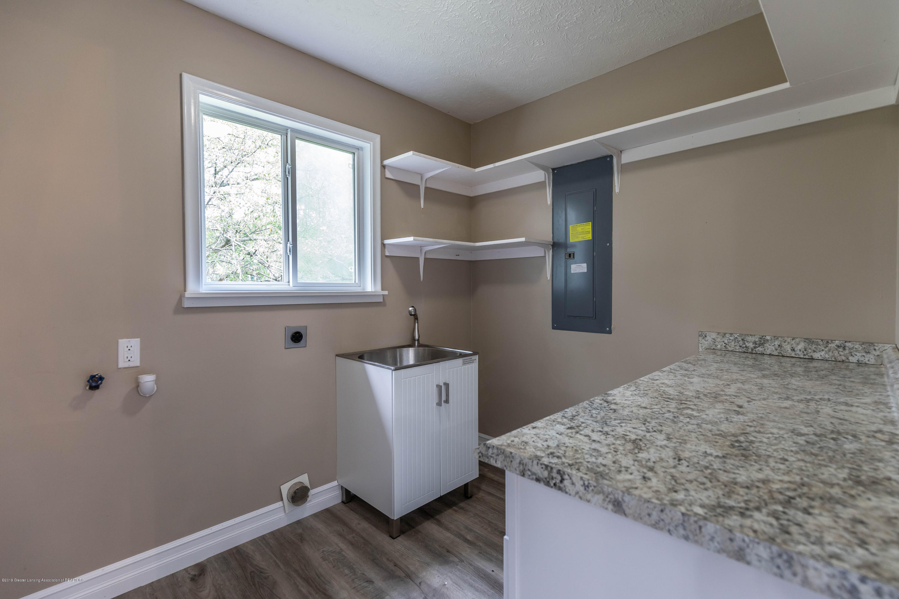2035 Mitchell Rd - Laundry Room - 14