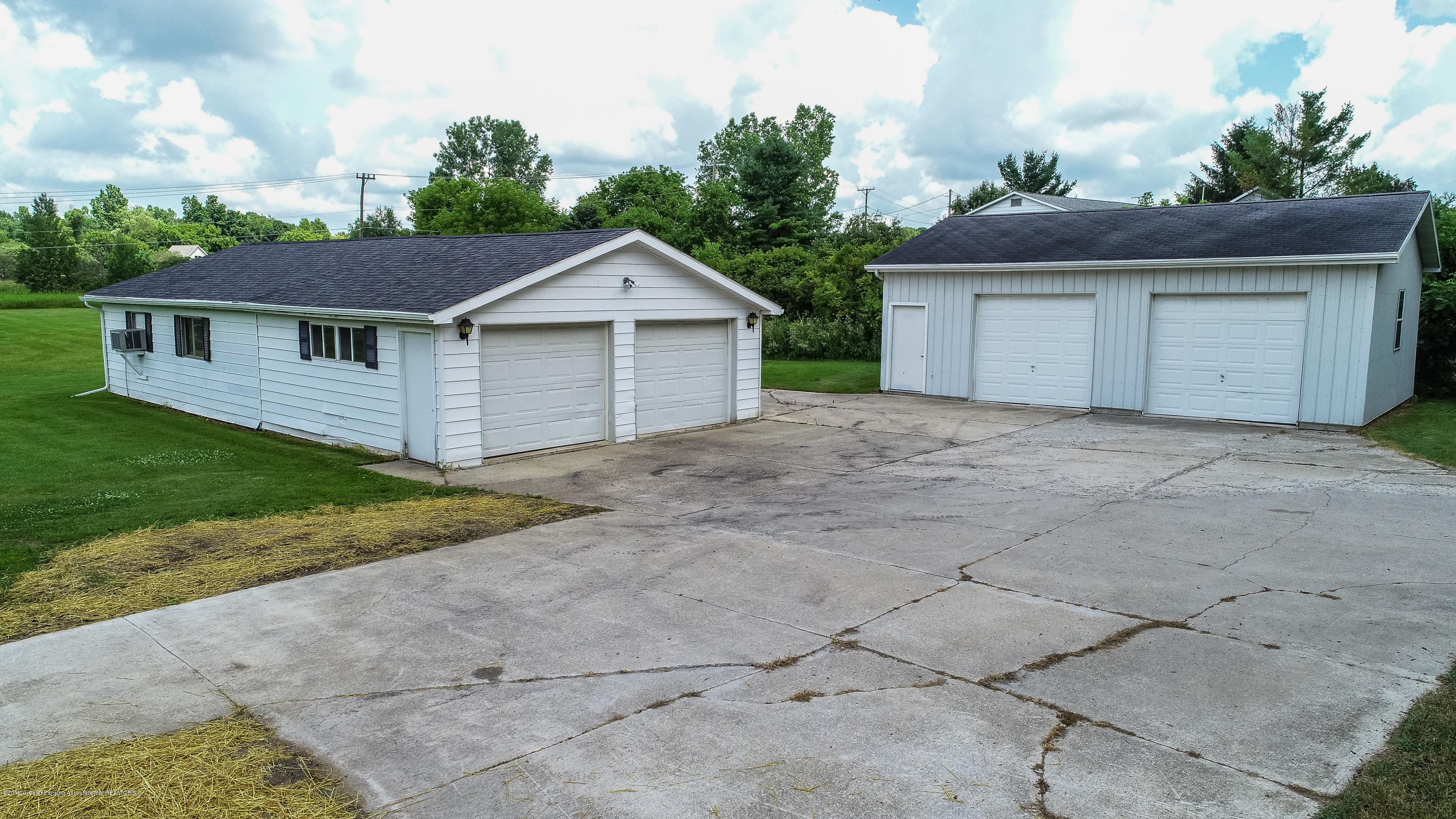 2035 Mitchell Rd - Garage and Pole Barn - 28
