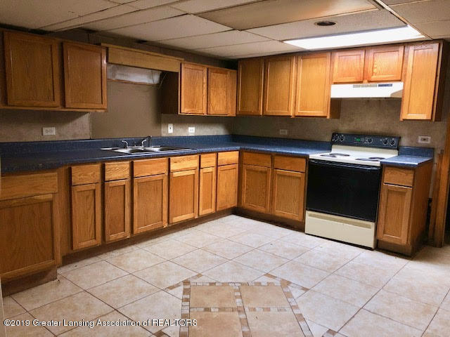 5676 Kinneville Rd - basement kitchen - 15