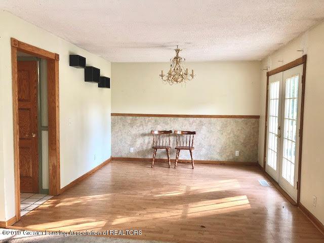 5676 Kinneville Rd - dining room 1 - 6