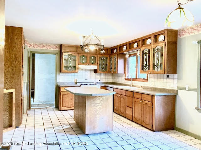 5676 Kinneville Rd - kitchen - 2