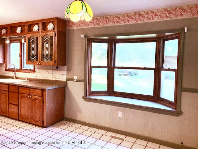 5676 Kinneville Rd - kitchen picture window - 5