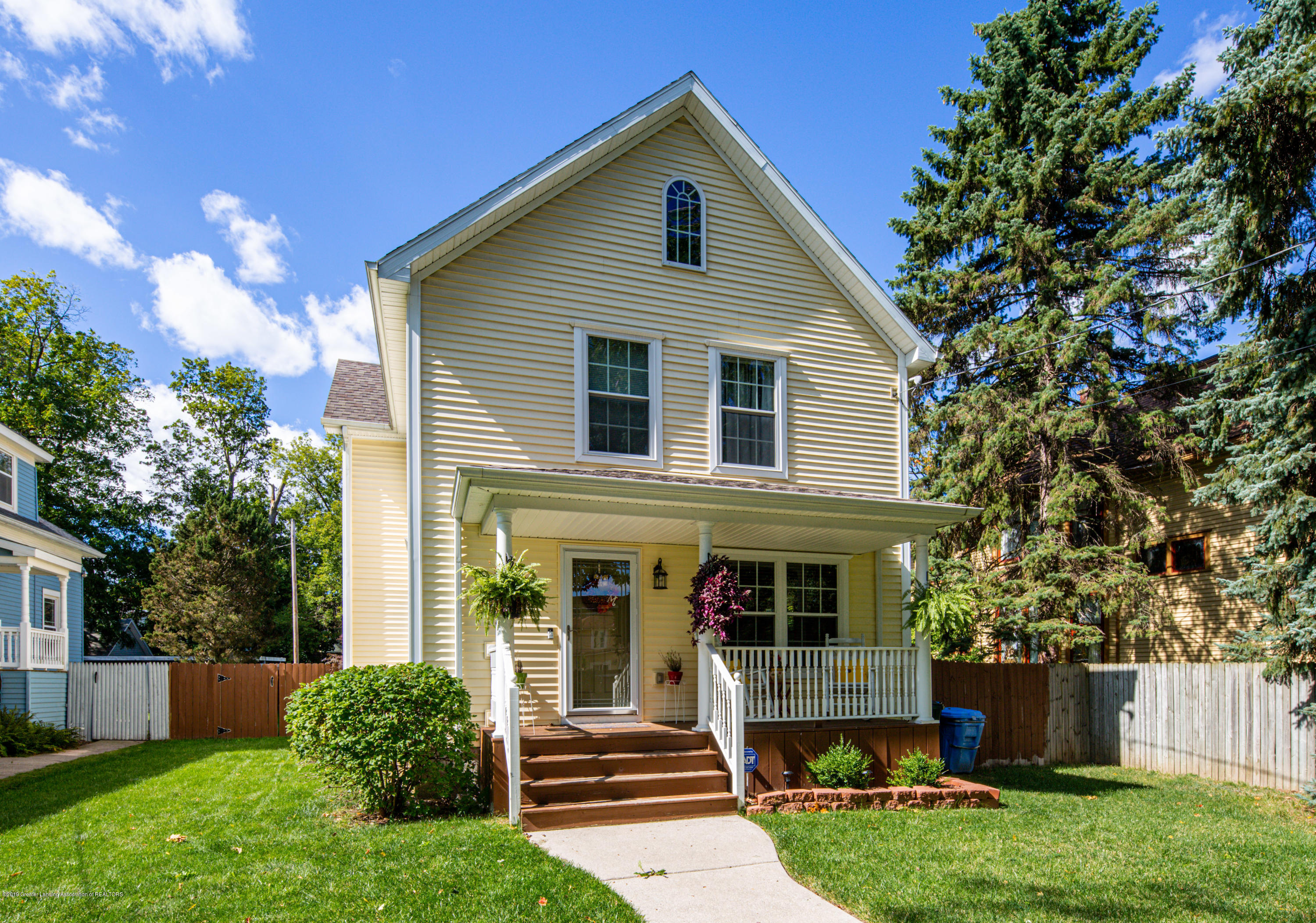 731 Seymour Ave - 20190926-942A4521 - 1