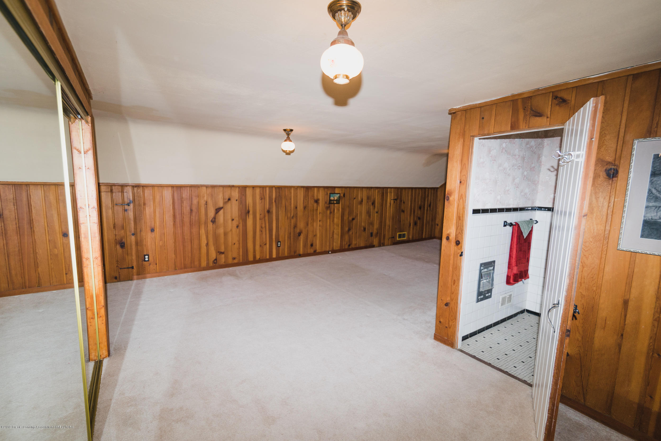 350 Chesterfield Pkwy - DSC01341 - 19