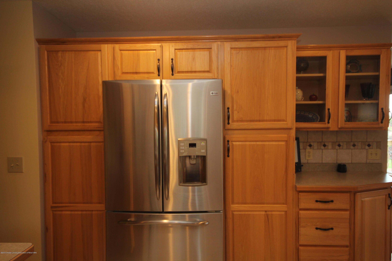 1121 Brown Hollow Dr - Kitchen Storage - 9