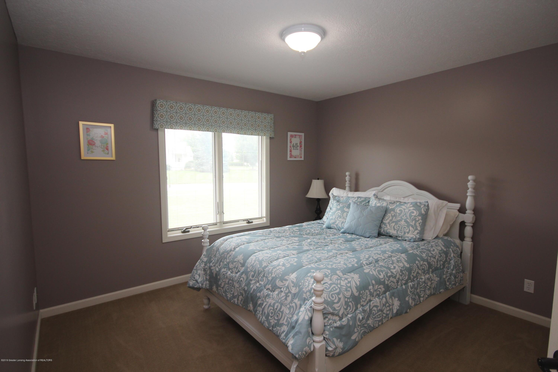 1121 Brown Hollow Dr - Bedroom 2 - 16