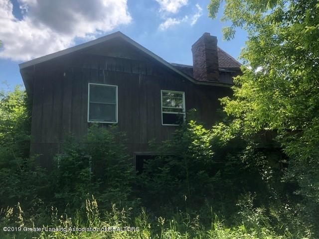 4800 N Smith Rd - Home facing river - 7