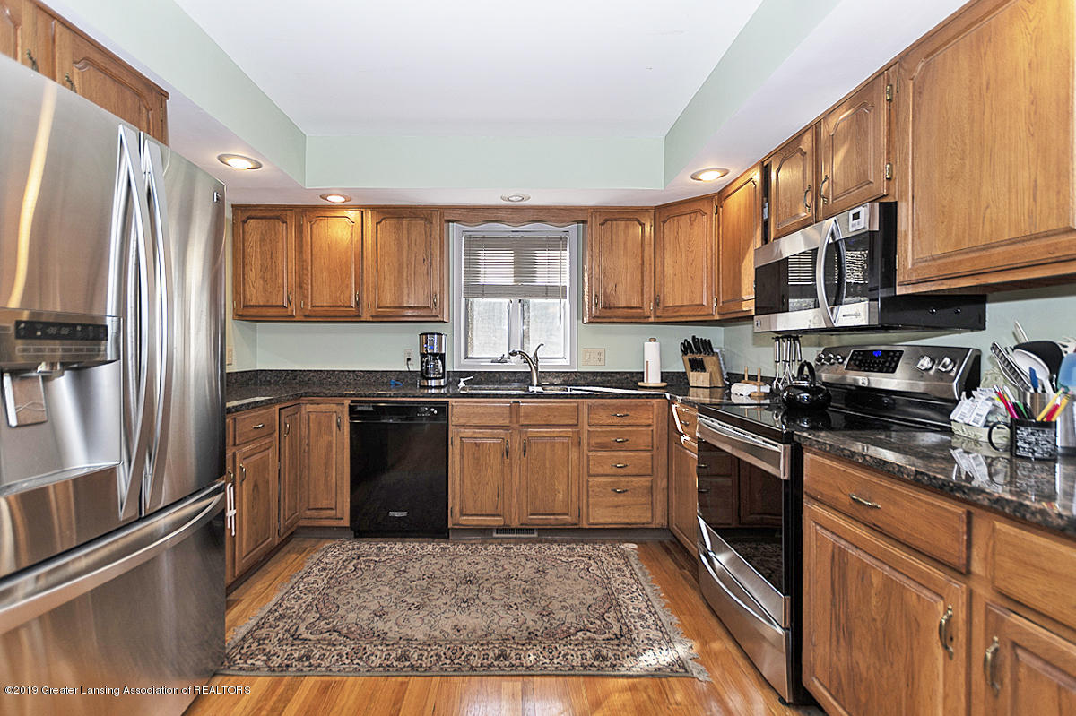 5975 Caleta Dr - Gourmet Kitchen - 8