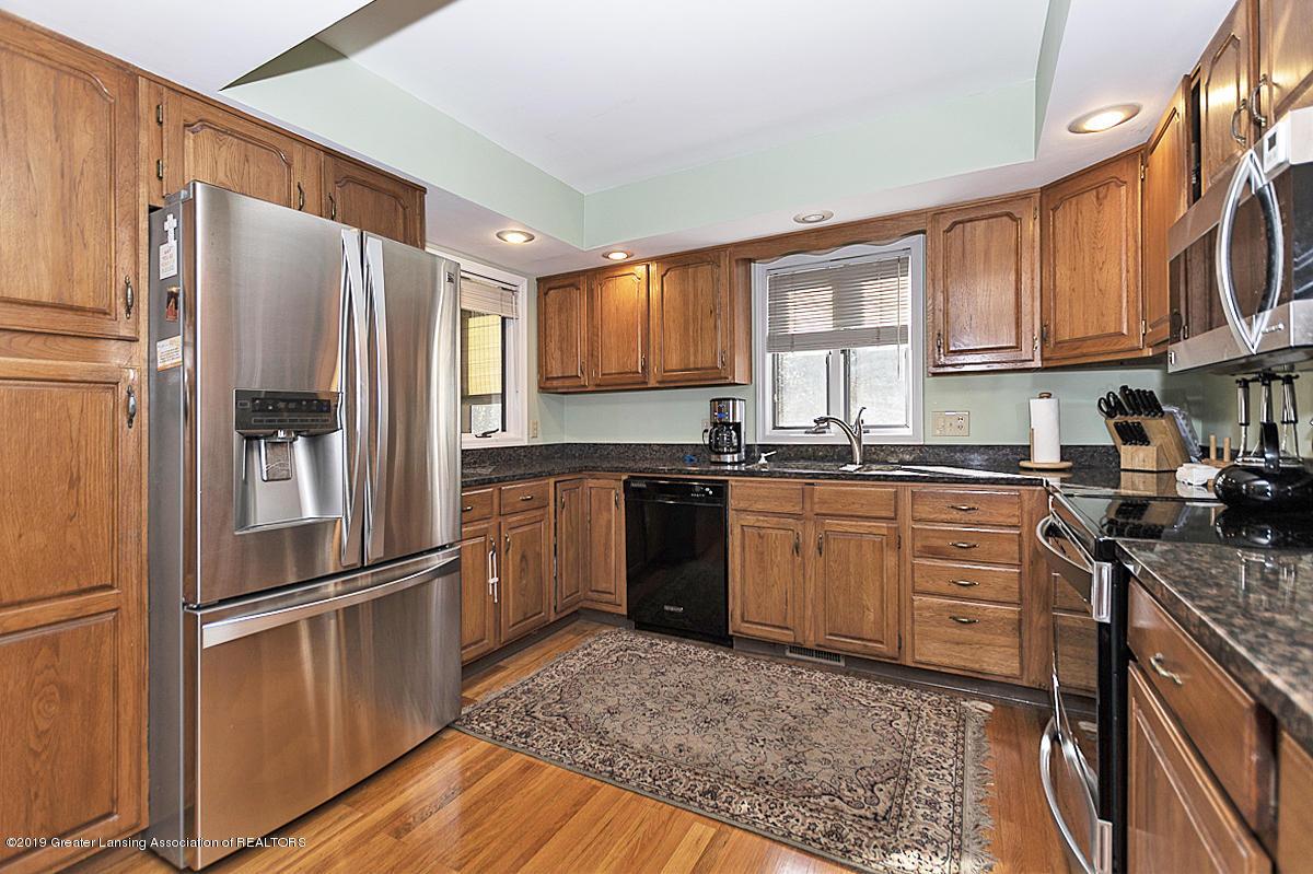 5975 Caleta Dr - Gourmet Kitchen - 7