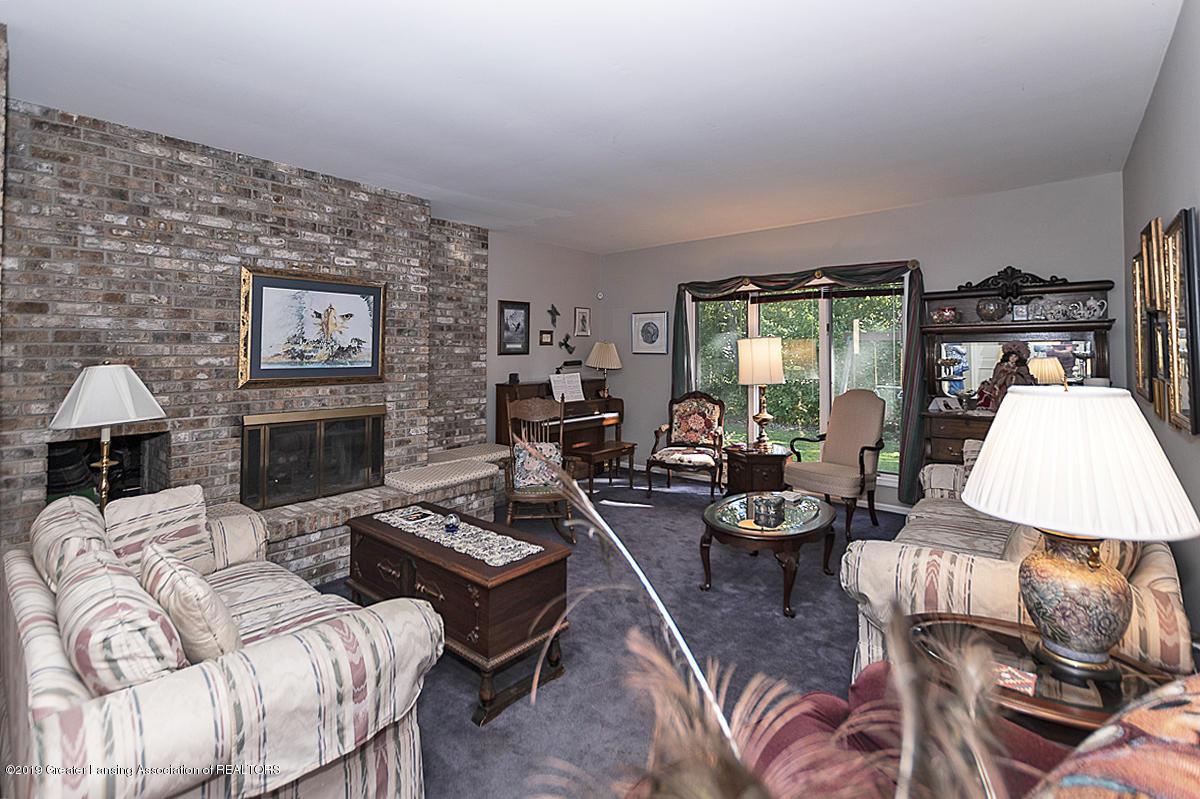 5975 Caleta Dr - Living Room - 4