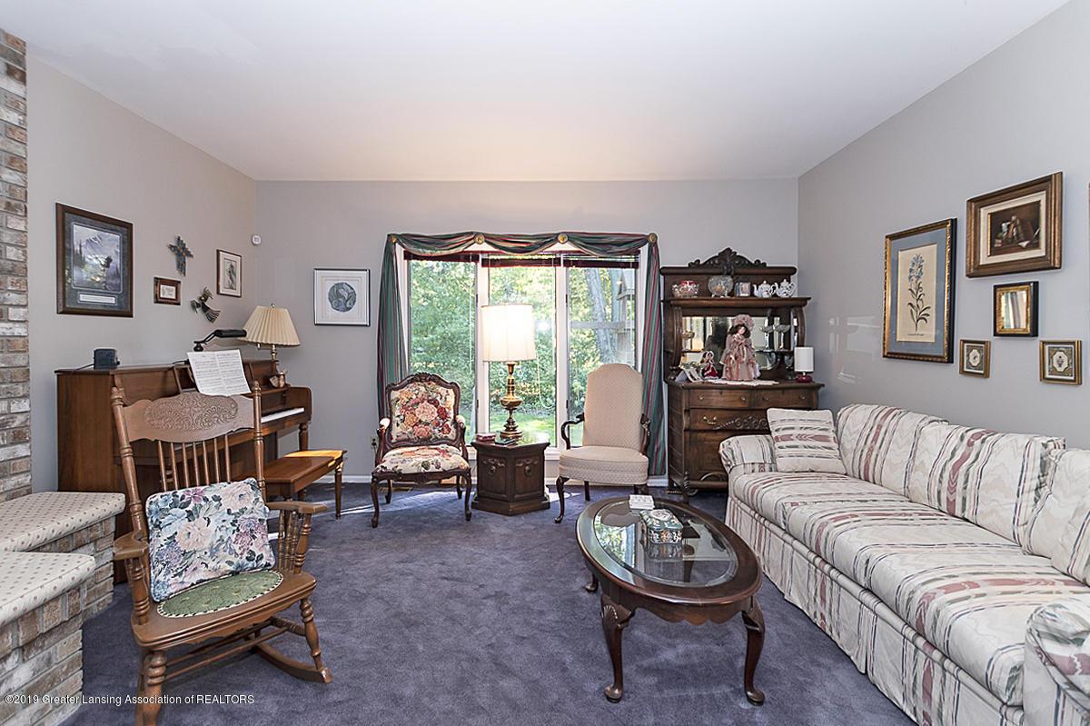 5975 Caleta Dr - Living Room - 5