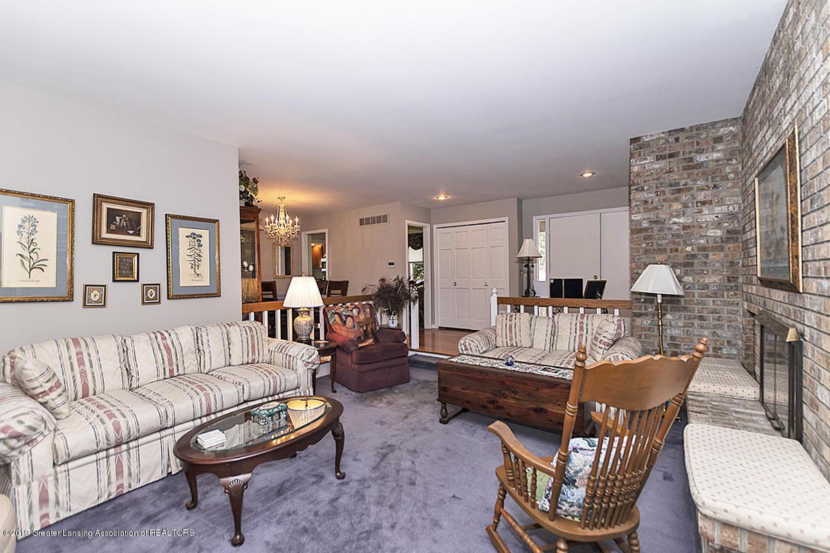 5975 Caleta Dr - Living Room - 2