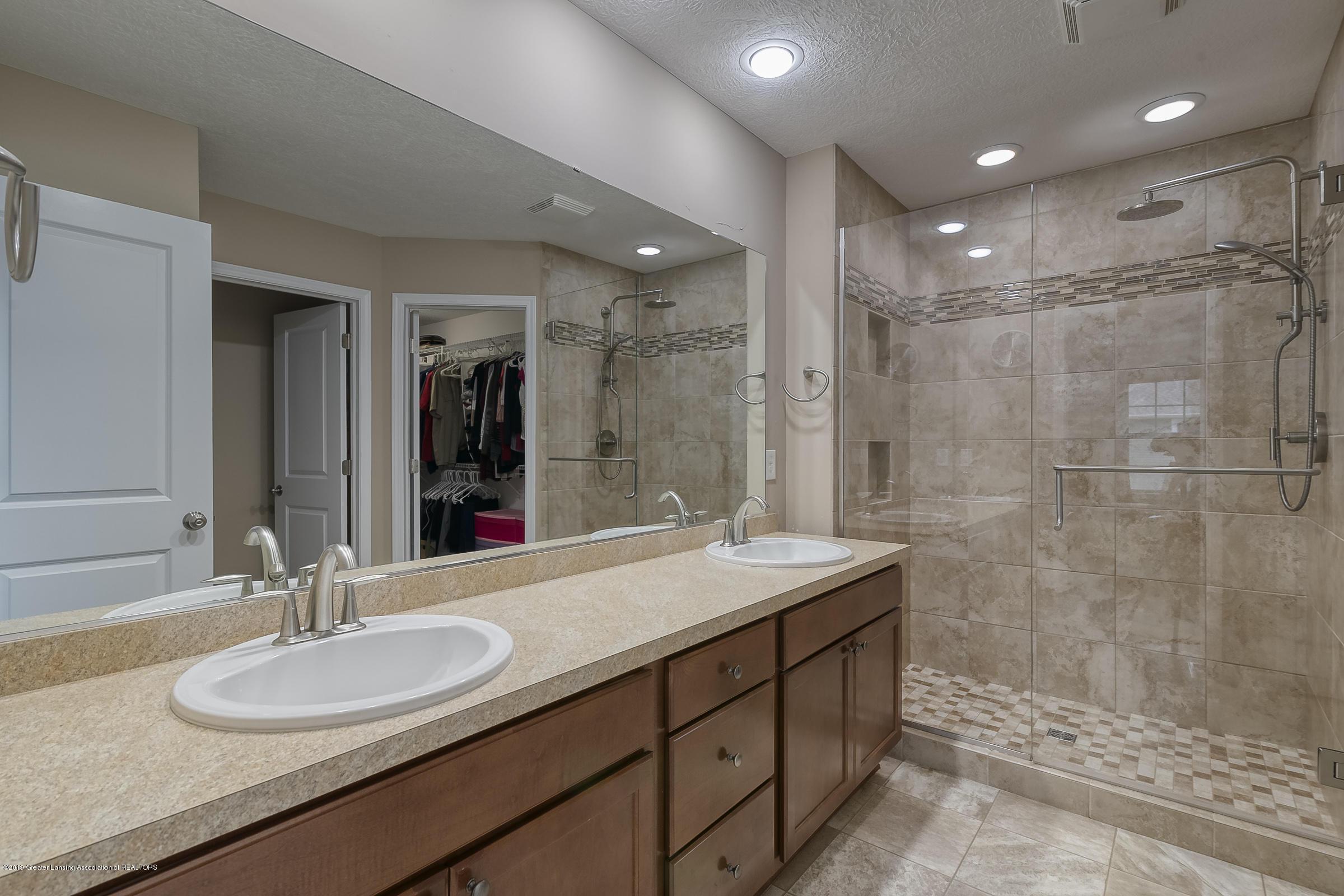649 Willet Way - Master Bathroom - 17