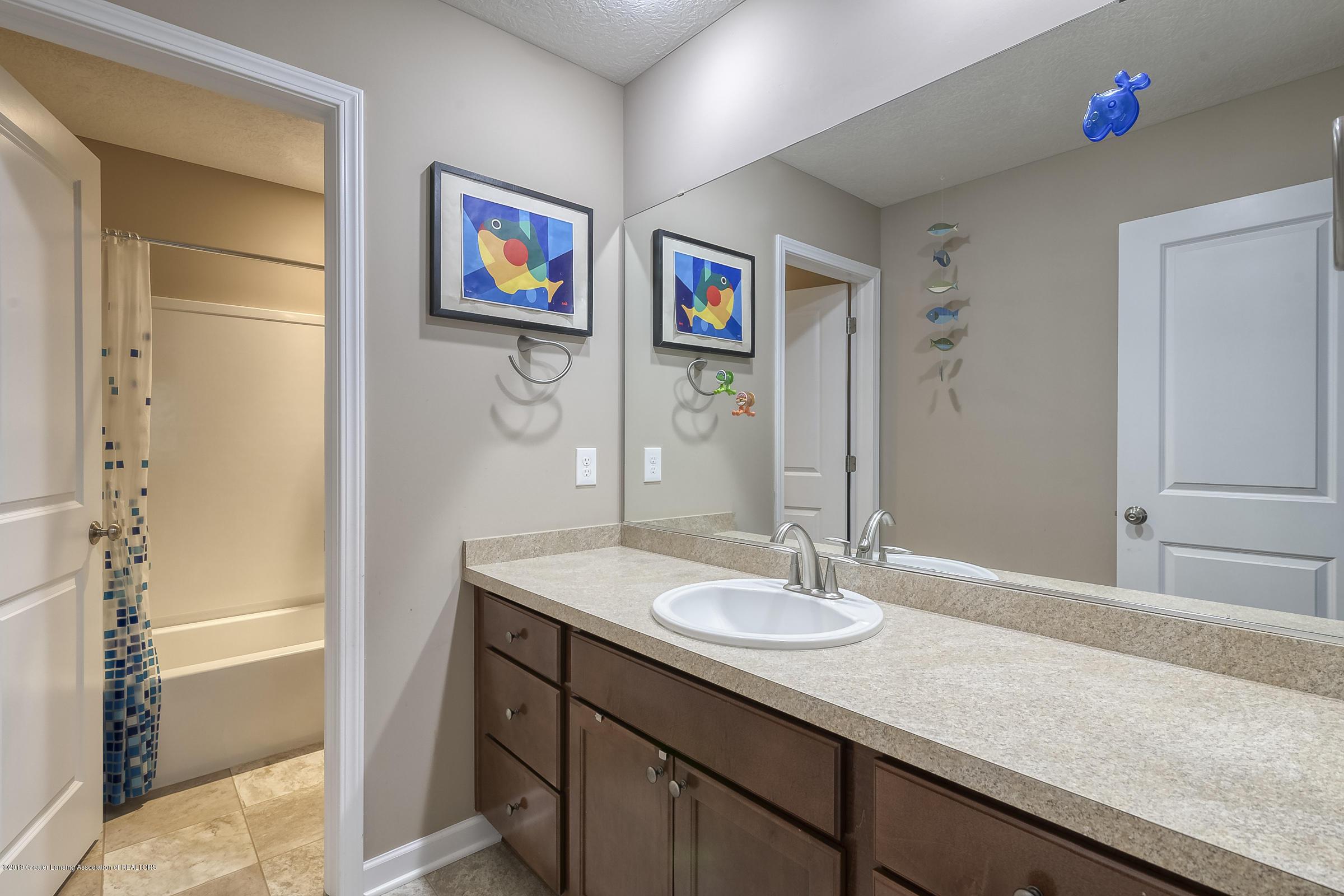 649 Willet Way - Main Bathroom - 22