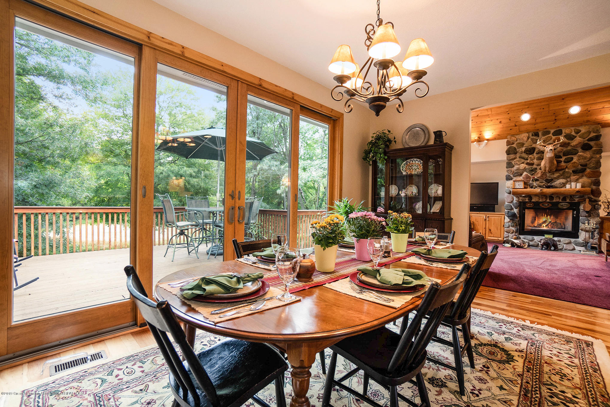 8502 Doyle Rd - Dining Area - 22