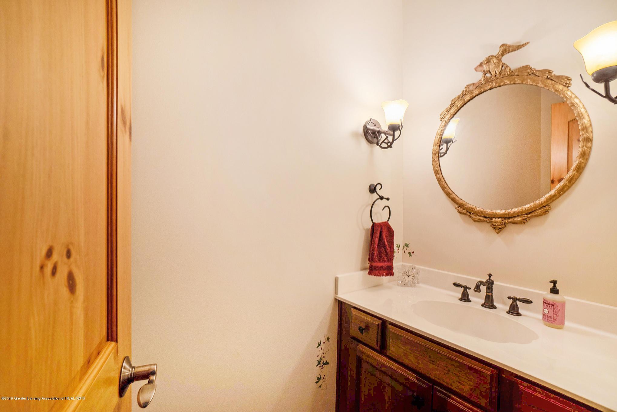 8502 Doyle Rd - 1st Floor Half Bath - 34