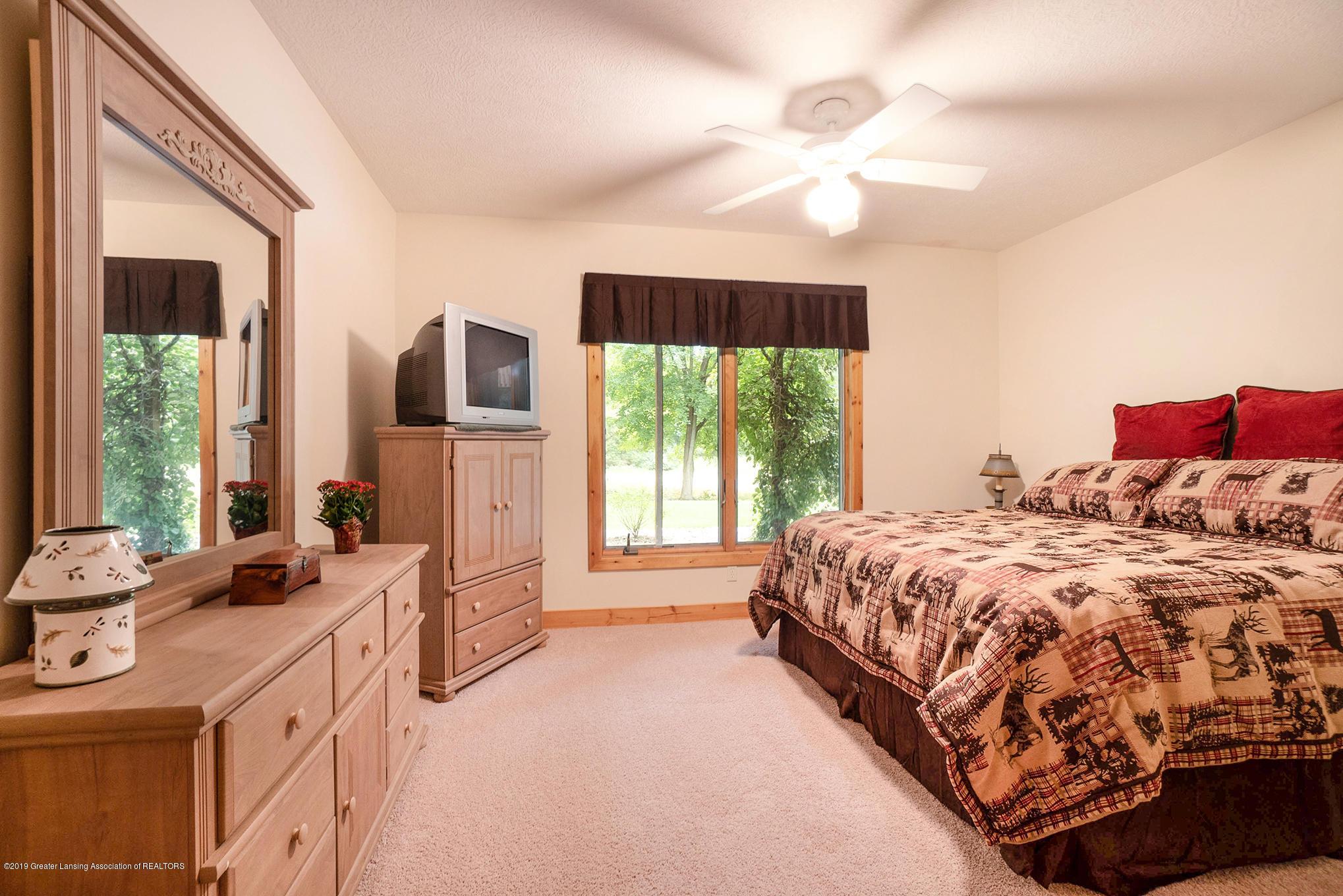 8502 Doyle Rd - Basement Bedroom - 43