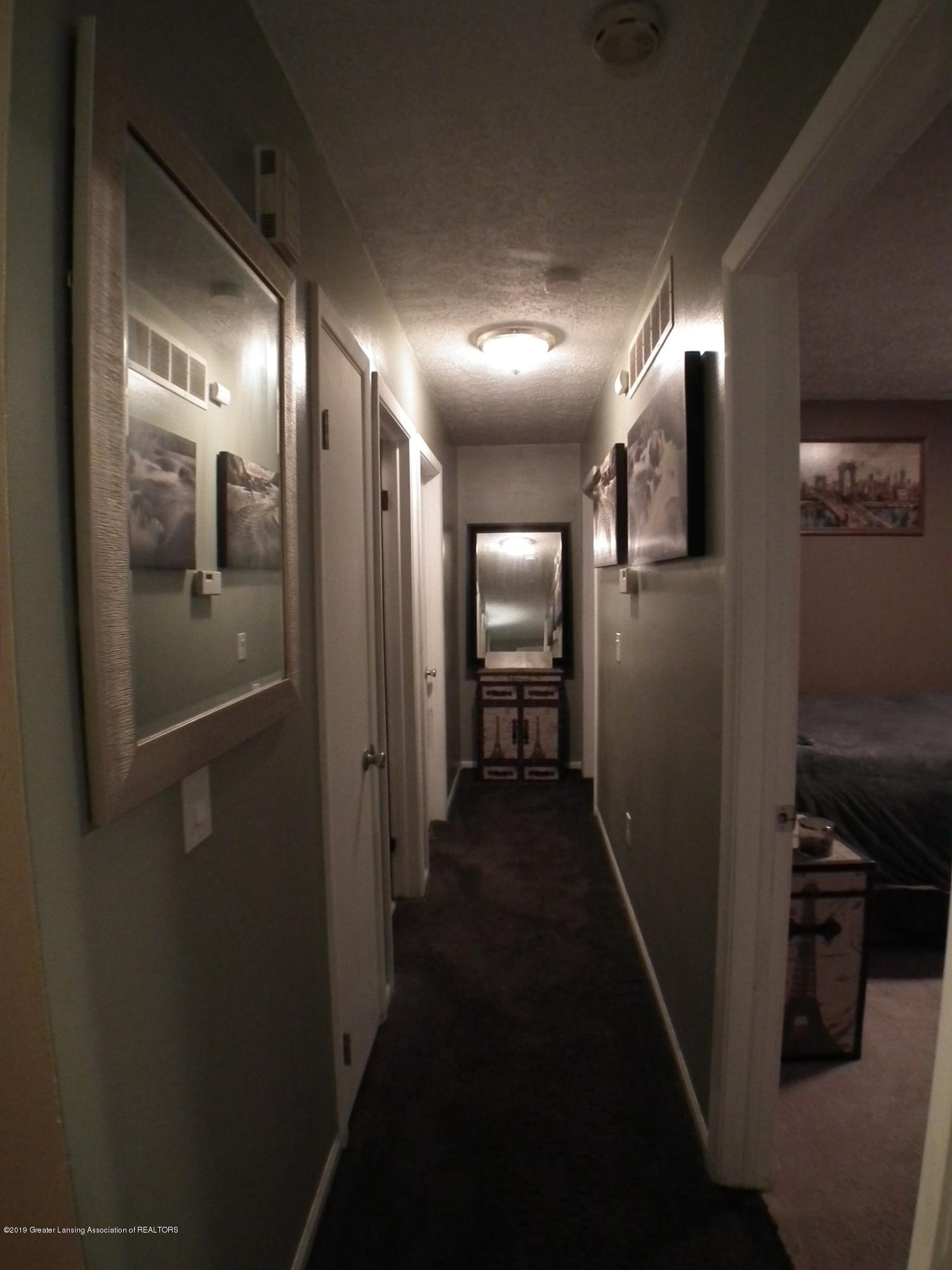 2315 Byrnes Rd - Hallway - 9