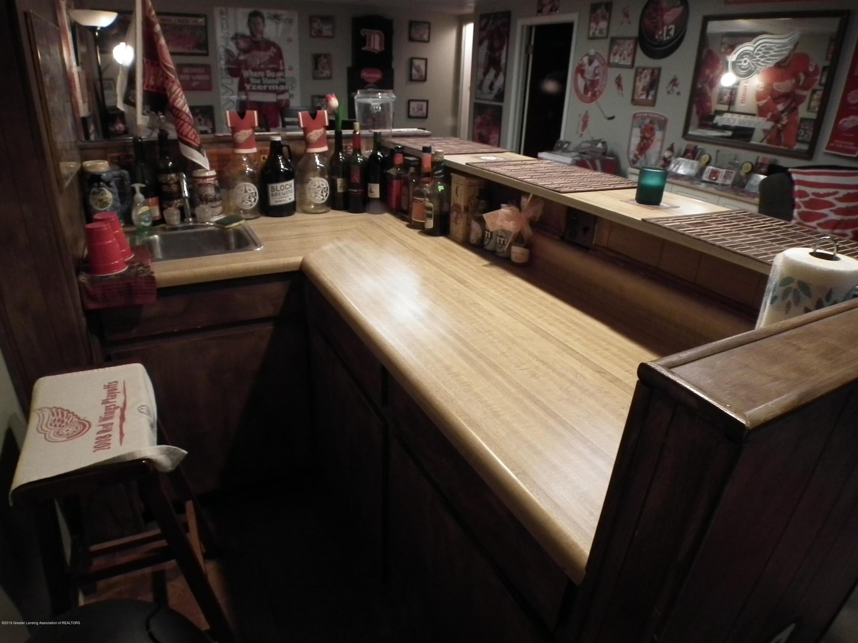 2315 Byrnes Rd - Wet bar - 23