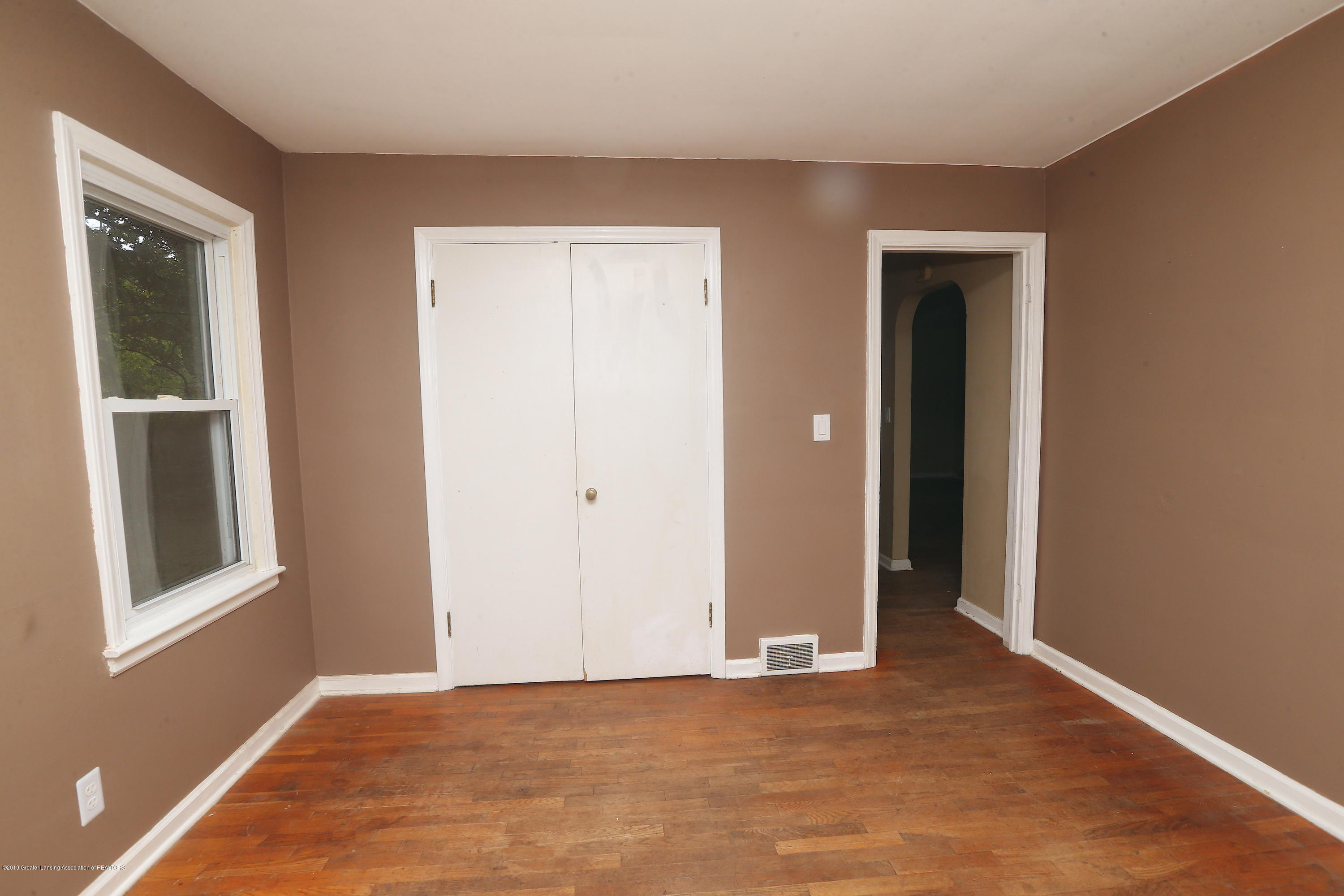 2198 Iroquois Rd - CE3T8319 - 8