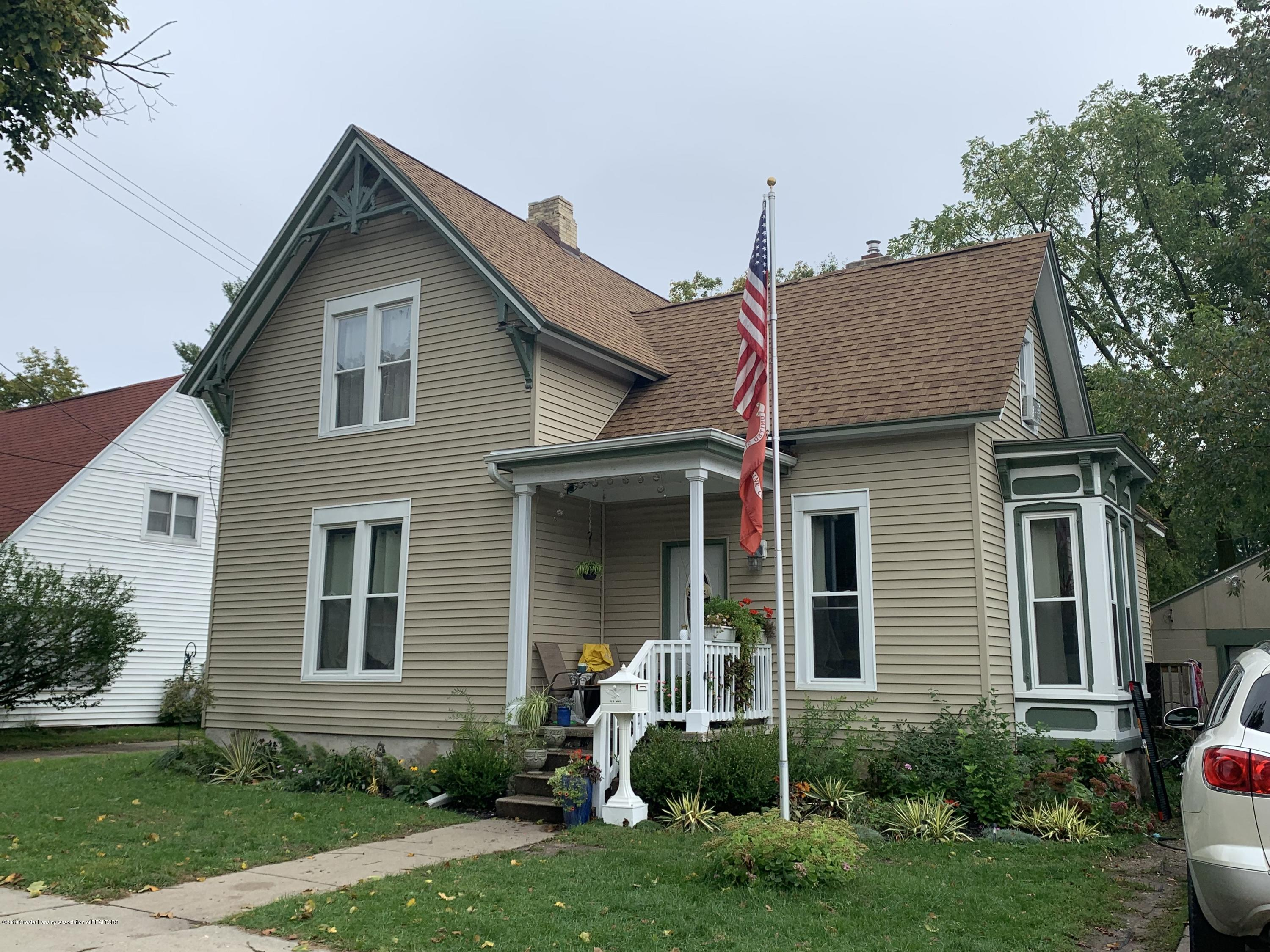 222 N Clinton St - Front of house - 1