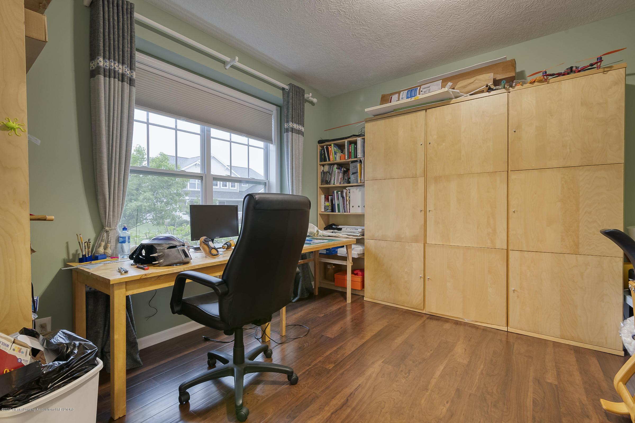 649 Willet Way - Office - 33