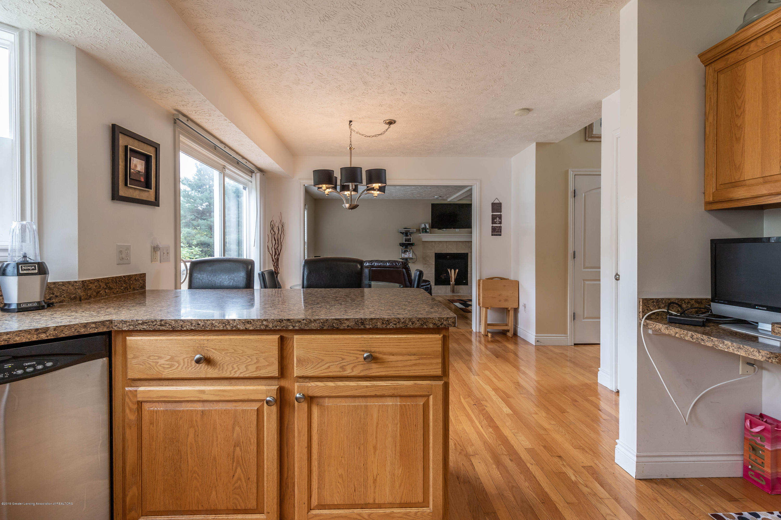 3112 Belgian Dr - Eat In Kitchen - 13