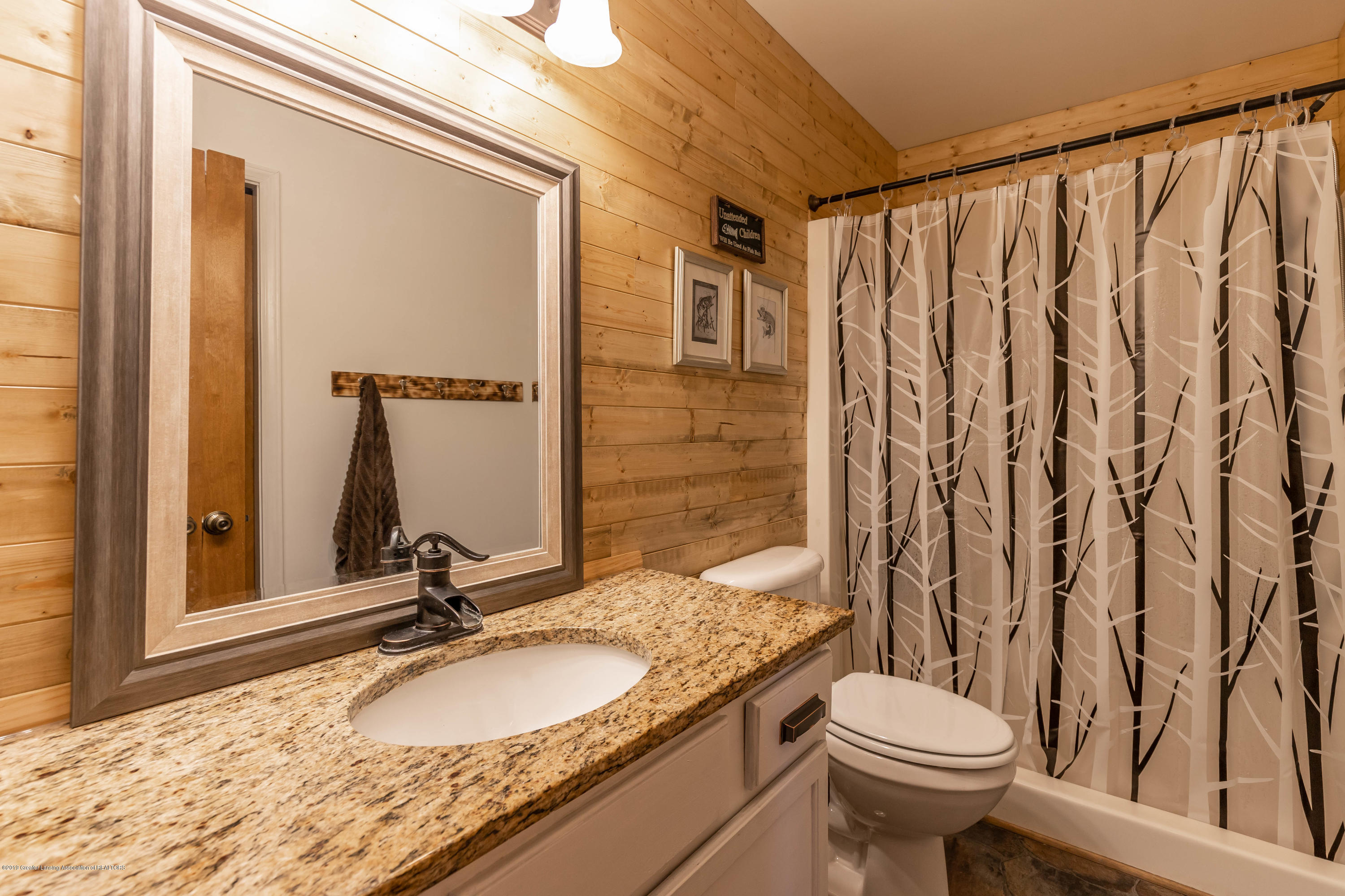 5662 E Clinton Trail - clintontrailbath (1 of 1) - 7