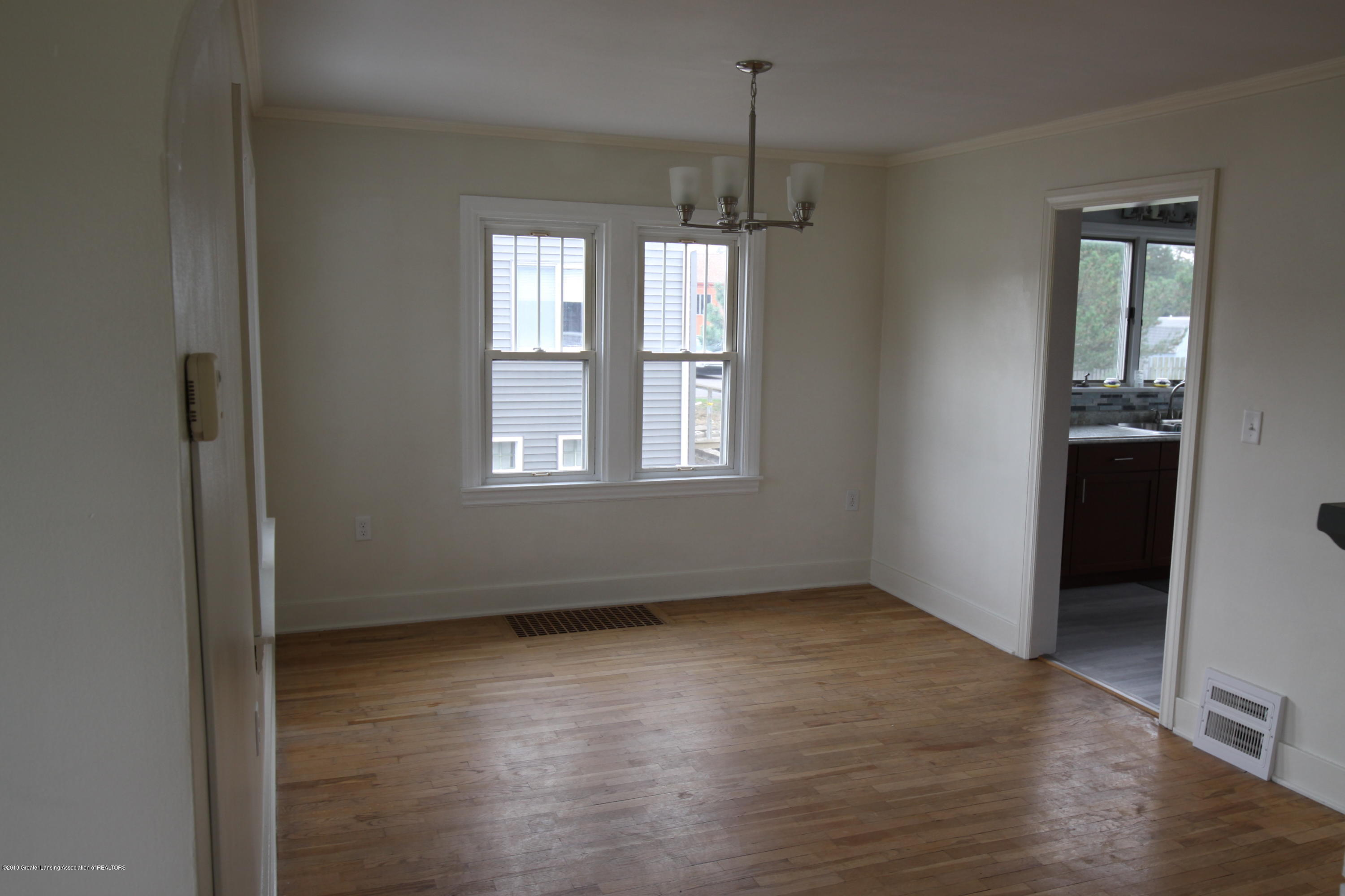 336 S Waverly Rd - Dining Room - 4