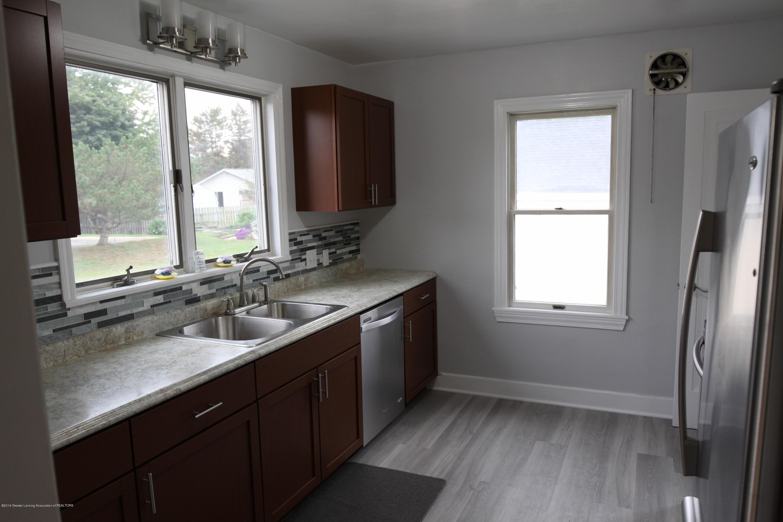 336 S Waverly Rd - Kitchen - 7