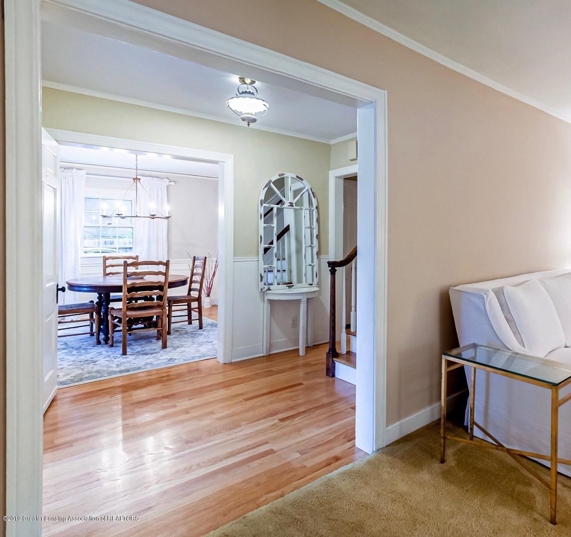 633 Butterfield Dr - Foyer to Dining Room - 11