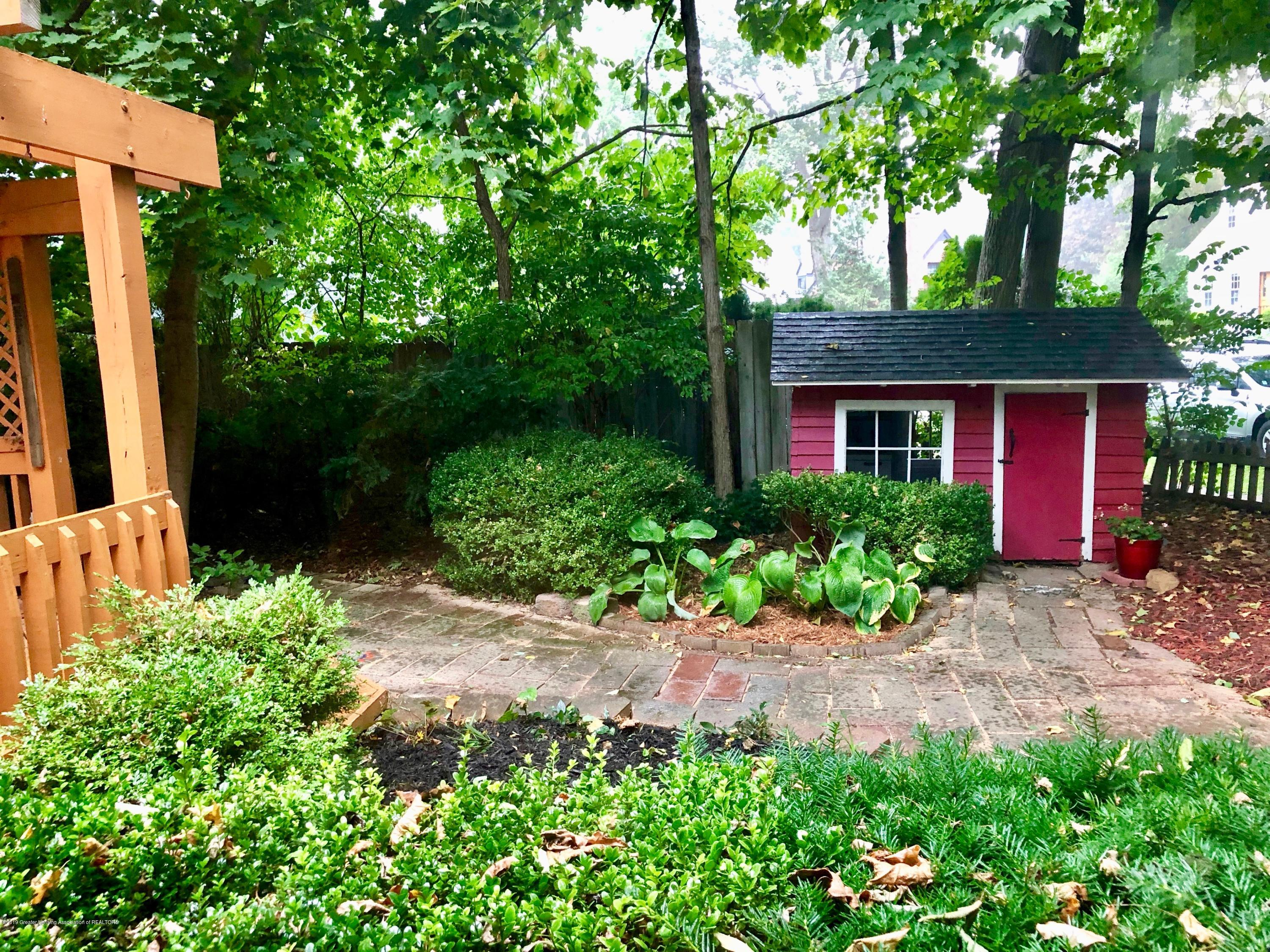 633 Butterfield Dr - Deck and Shed/Playhouse - 52