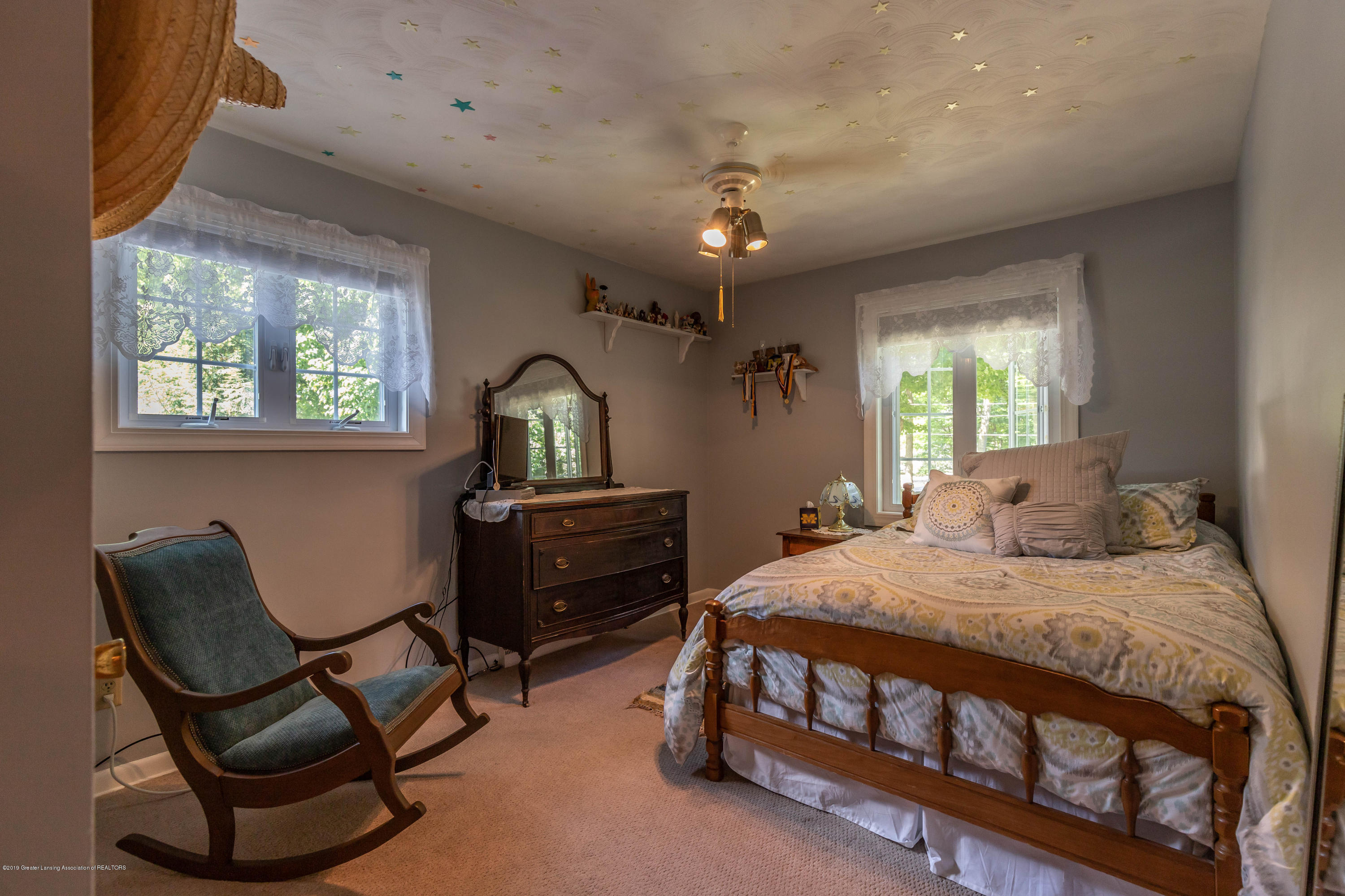 4913 Sugarbush Ln - Bedroom - 22