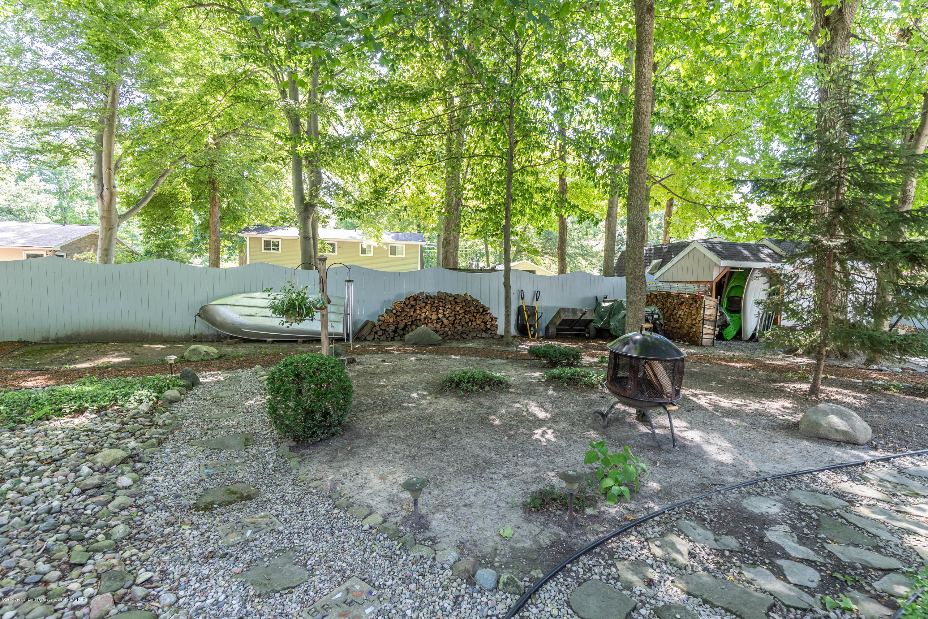 4913 Sugarbush Ln - Backyard - 37