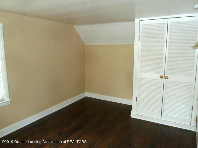 313 Carey St - Bedroom1 - 12