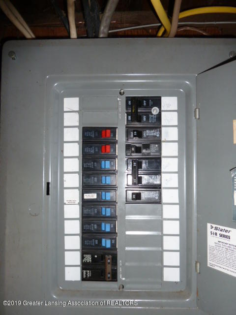 313 Carey St - Elec Panel - 22
