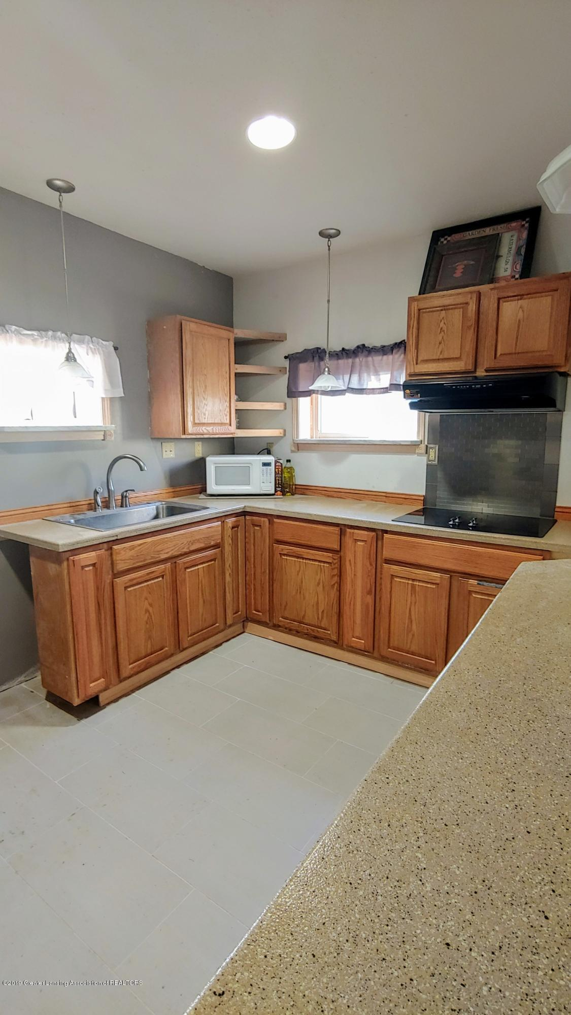 5756 Selfridge Blvd - Beautiful Eat-In Kitchen - 12