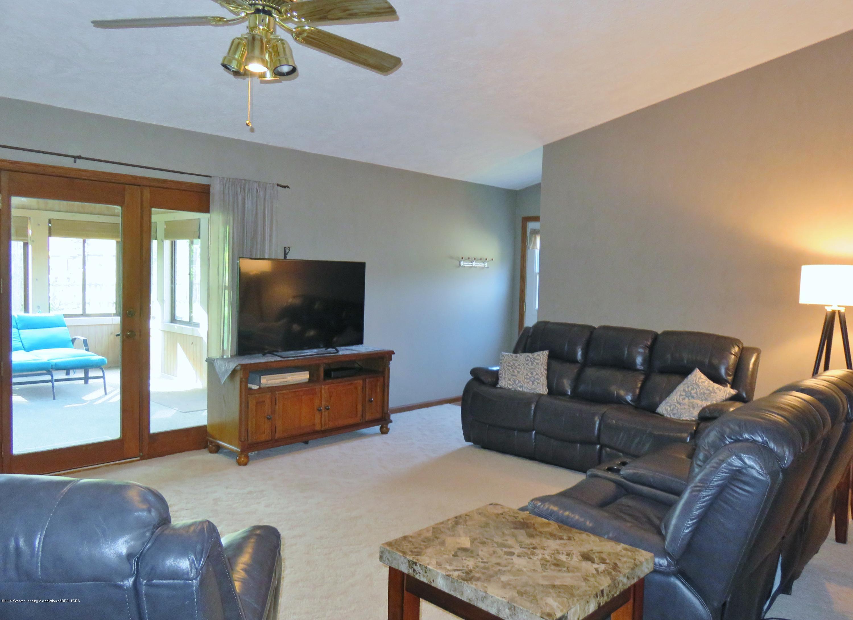 13240 Blackwood Dr - Living Room - 10