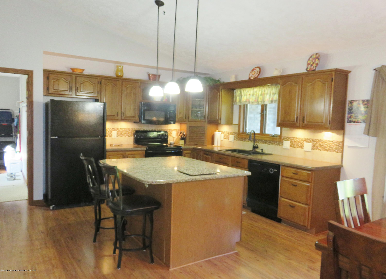 13240 Blackwood Dr - Kitchen - 7