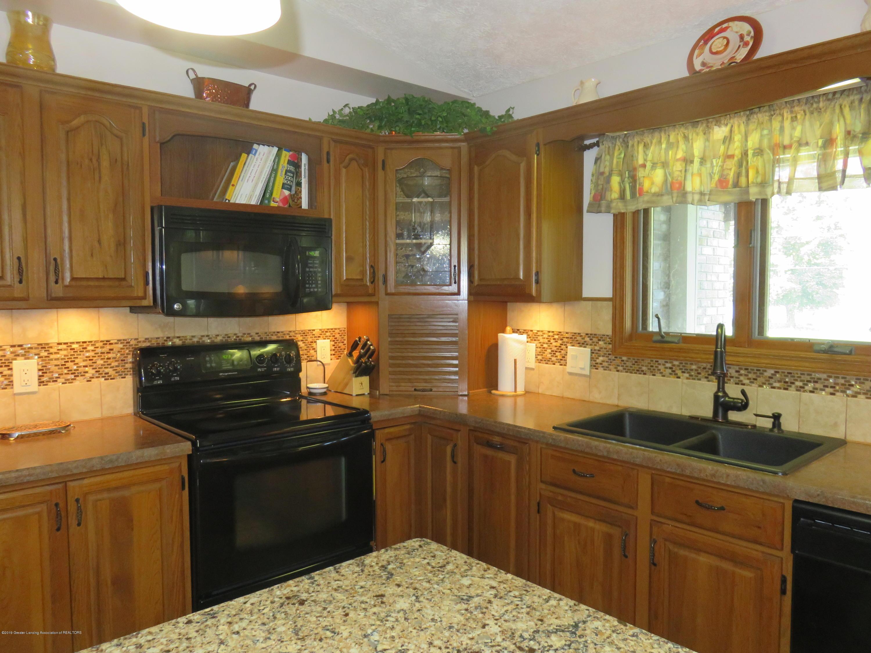 13240 Blackwood Dr - Kitchen - 5