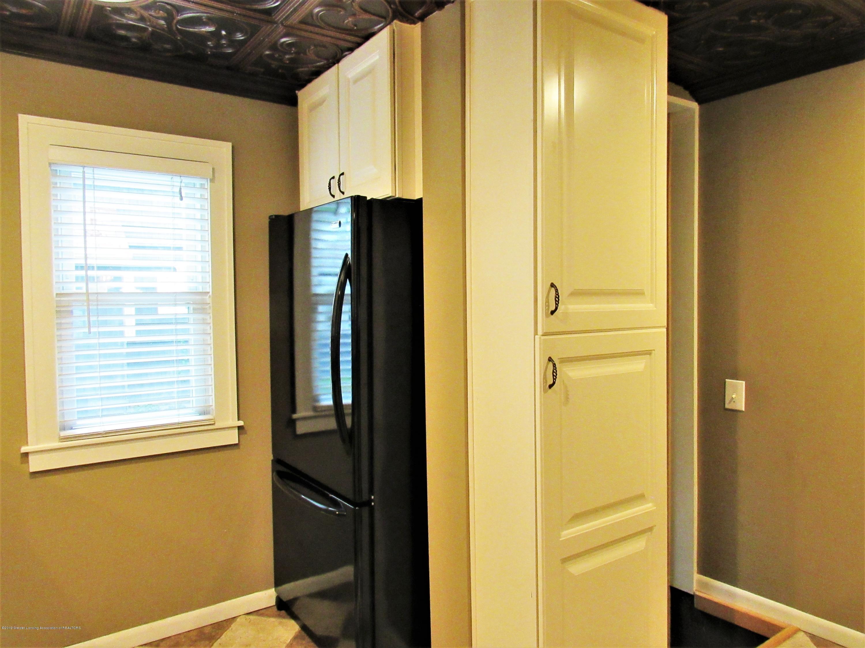 3216 Ellen Ave - Kitchen View 3 - 10
