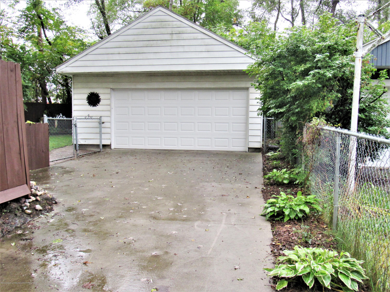 3216 Ellen Ave - 2 Car Garage - 23