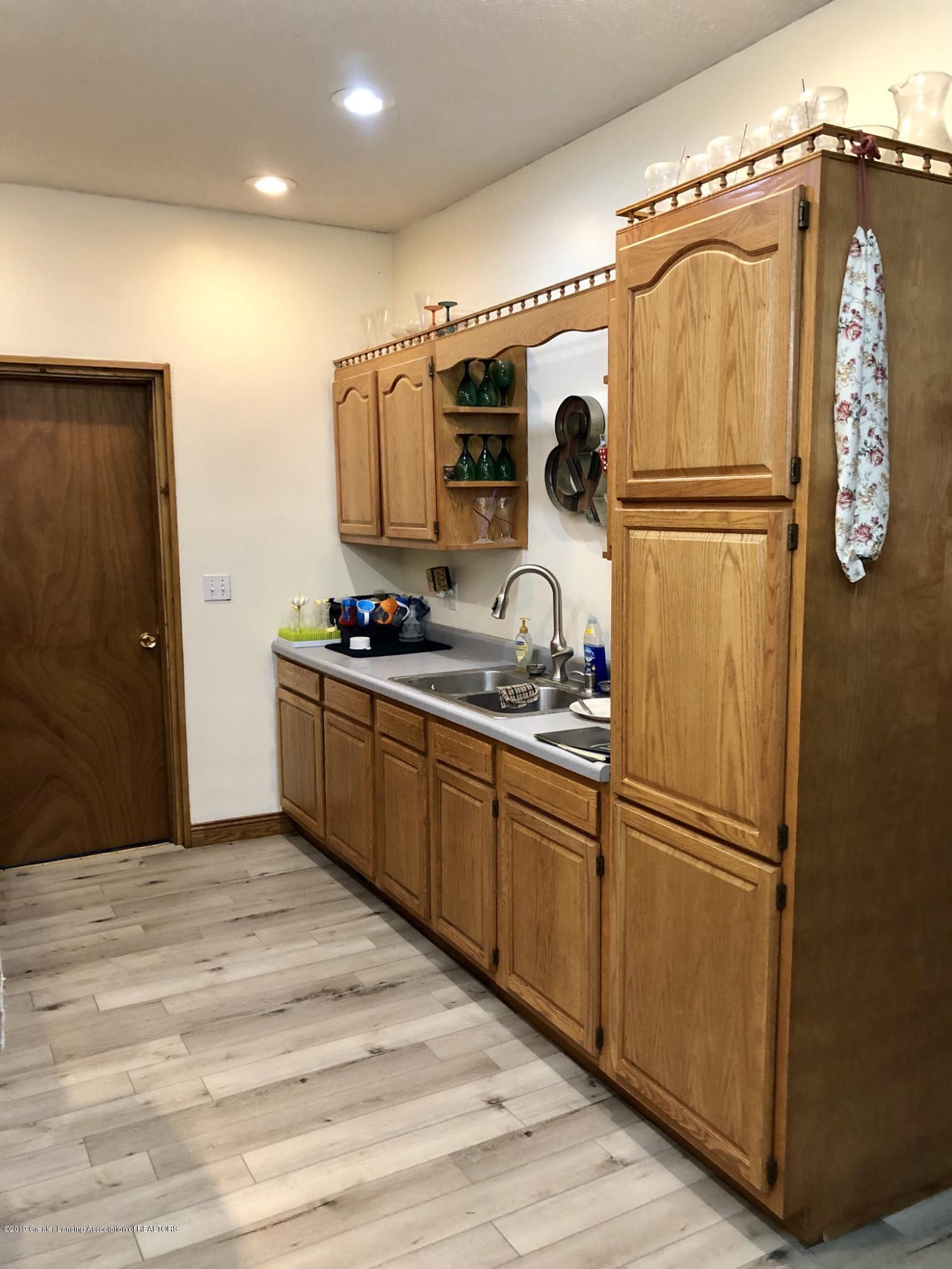 714 Garfield St - Kitchen - 6