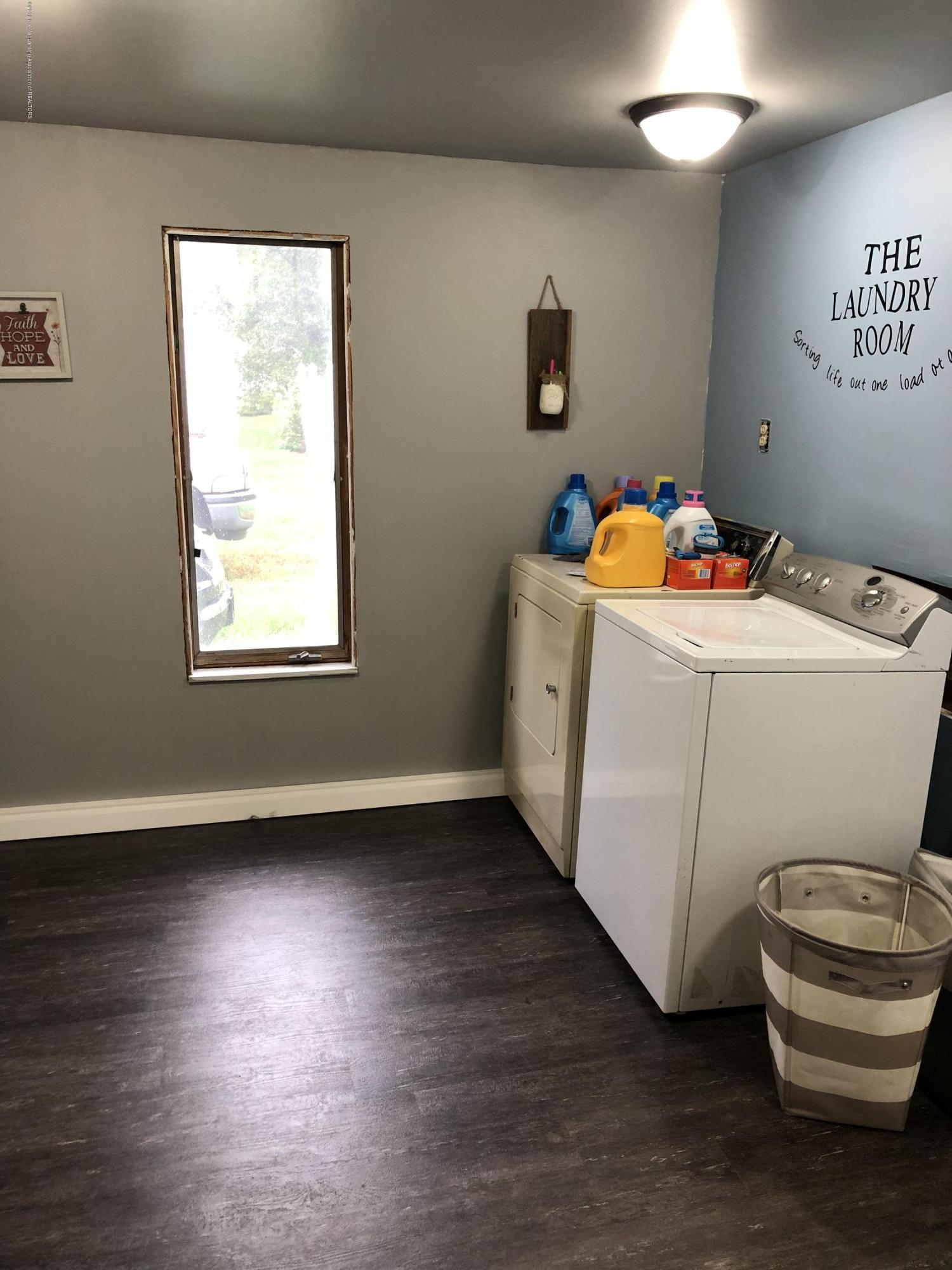 714 Garfield St - Laundry/ Mud Room - 4
